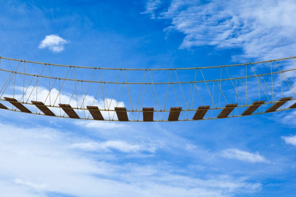 Program evaluation: How to bridge the gap between theory and practice